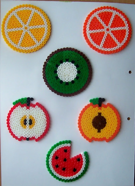 Fruits coasters hama beads by ILUSIONES SCRAP                                                                                                                                                                                 Más