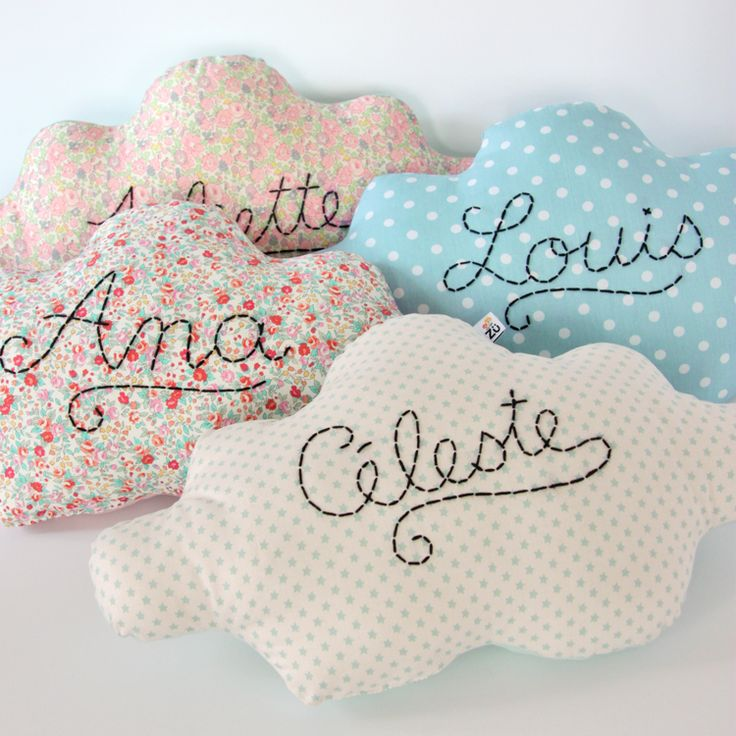 ♥ Pinterest : Mutine Lolita ♥ Image of #Coussin nuage personnalisé