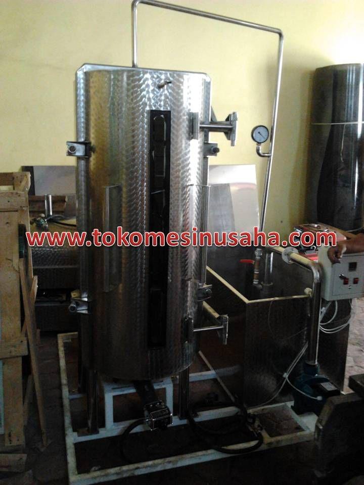 Mesin Pengering Hampa Udara   Vacuum Drying adalah mesin yang digunakan untuk mengeringkan hasil pertanian seperti biji-bijian yang memiliki kadar kelembapan tinggi  sehingga dihasilkan biji kering yang tidak memiliki kadar air.  Spesifikasi :      Tipe               : VD – 12     Dimensi         : 180 x 180 x 200 cm     Kapasitas      : 4 Rak/ 30 Kg     Daya Pompa  : 750 W     Bahan            : Stainless steel     Pemanas       : LPG / Heater 1300 W     Suhu              : Otomatis