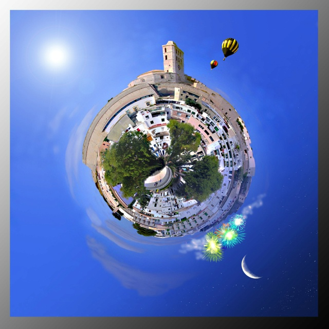 Mini planet. Dalt Vila