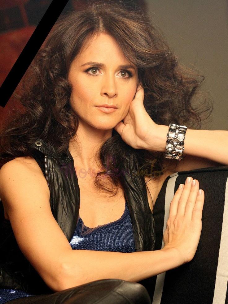 Madalina Manole, pop singer (RIP)