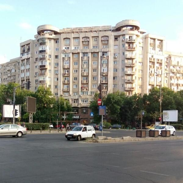 Apartment Palace Of Parliament Located 1 3 Km From Palace Of The Parliament Apartment Palace Of Parliament Offers Accommo Palace Of The Parliament Hotel Lodges