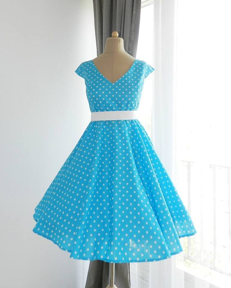 Facebook: https://www.facebook.com/MiaBellaHungary  vintage, pin-up, retro dresses