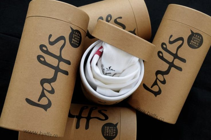 Membangun Branding Melalui Packaging :: Dijaman serba internet saat ini, hampir semua pekerjaan dapat dikerjakan secara online. Tidak hanya surat menyurat, bahkan berbelanjapun kini dapat dilakukan dengan online. Saat ini banyak sekali orang yang menawarkan barang dagangannya melalui internet, bahkan perusahaan-perusahaan besar mulai melirik e-Commerce sebagai satu lini jualannya.