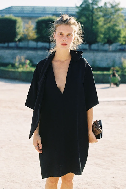 perfect oversized black dress, Marine Vacth