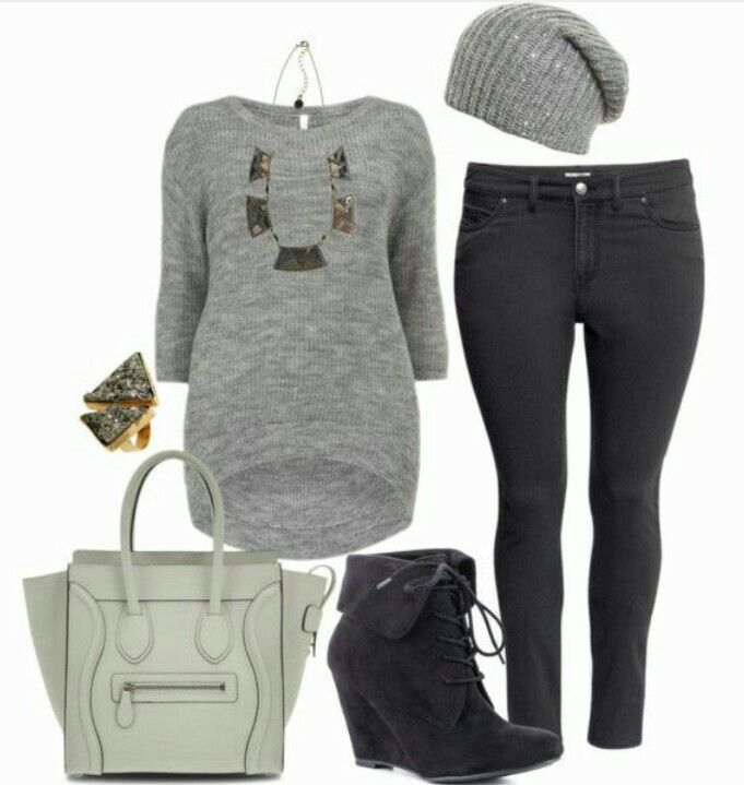 This is a simple outfit that is perfect for winter. Merry Christmas!