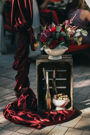 Пленительный цвет Марсала, детали декора - The-wedding.ru