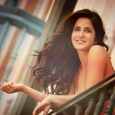 Katrina Kaif.BEAUTIFULL. to all ladies. dont be arrogant if u havent this style n face yet.