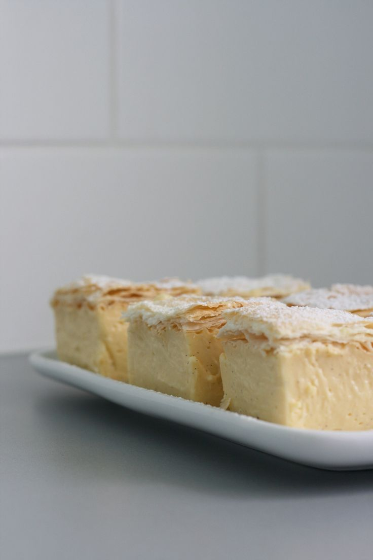 Classic Vanilla Slice (Vanilla Bean Custard Between Puff Pastry)