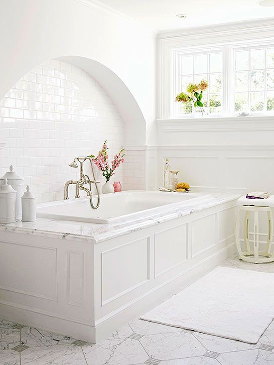 7 Top Tips For Throwing A Grand Party In A Small Home: 206 Best Images About White Bathrooms On Pinterest