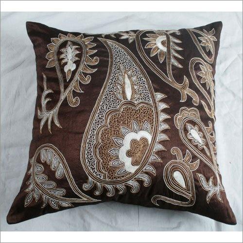 305 best Pillows images on Pinterest Decorative throw pillows, Decorative bed pillows and ...