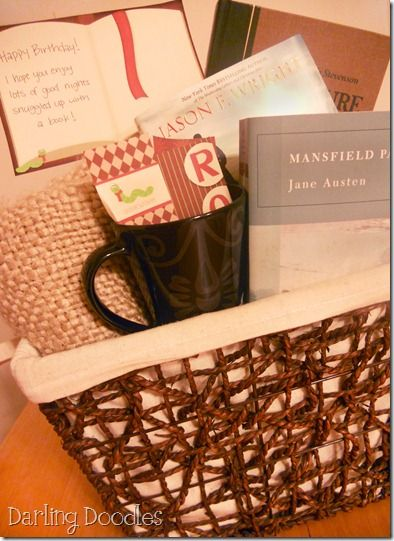 DSCN1741 Book worm gift basket. Comfy throw blanket A book, or two, or three :) Printable tags & bookmarks Optional items: cute mug, hot chocolate, book light, gift card to favorite bookstore