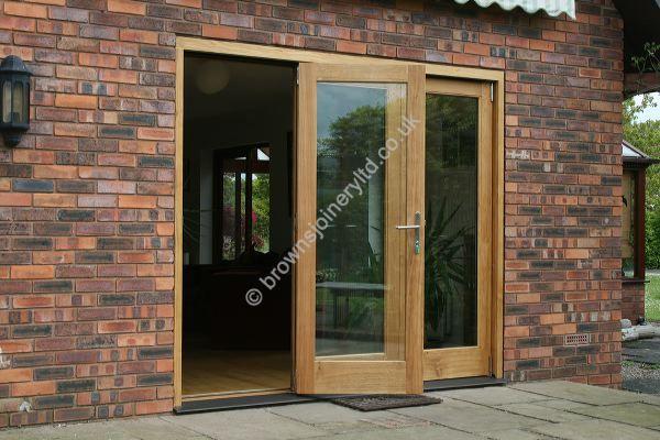 Oak Bi-folding Doors, bespoke sizes, made in the UK by www.brownsjoineryltd.co.uk