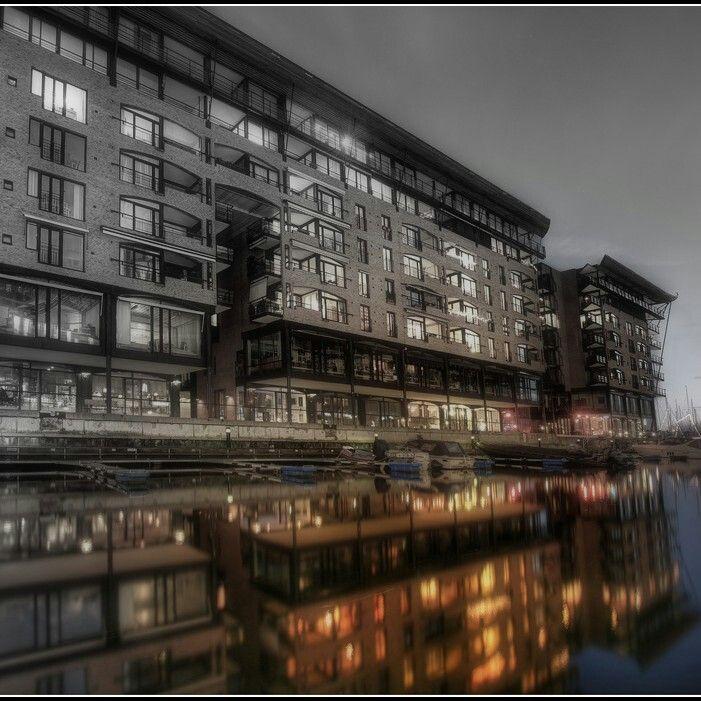"The swank city : ""Oslo"""
