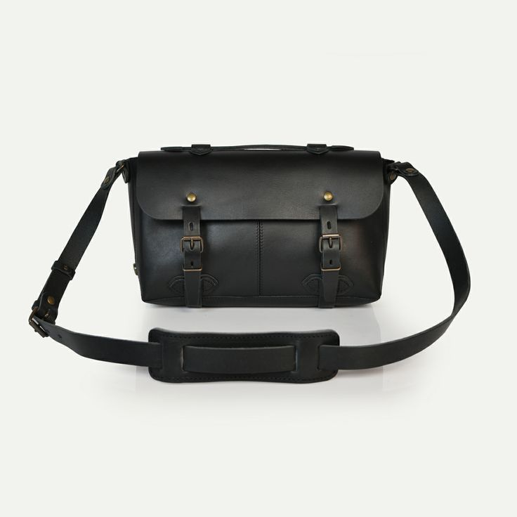 Sac plombier Louise, Noir - Louise Plumber bag, Black. Bleu de Chauffe. Made in France #satchel #leather #bag