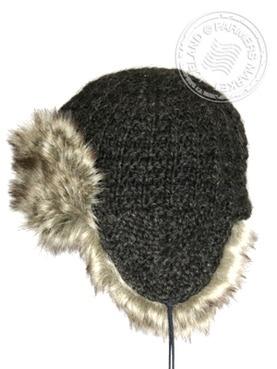 THUFA CHAPKA HAT/ 100% ICELANDIC WOOL