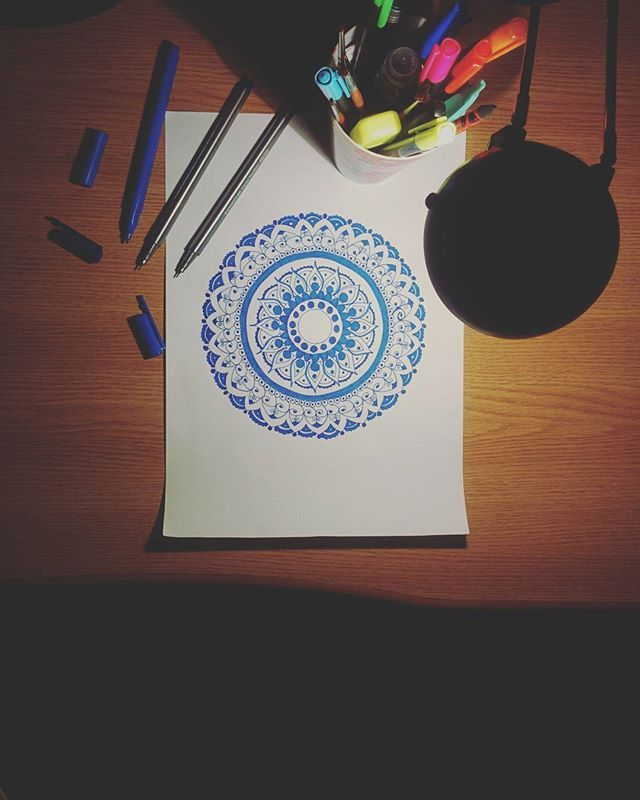 Late night restlessness gives good results. 😊 Have a great day,guys! And don't forget to use #wemakethebestofitnow if you want to share something with the community!😉 #mandala #arttherapy