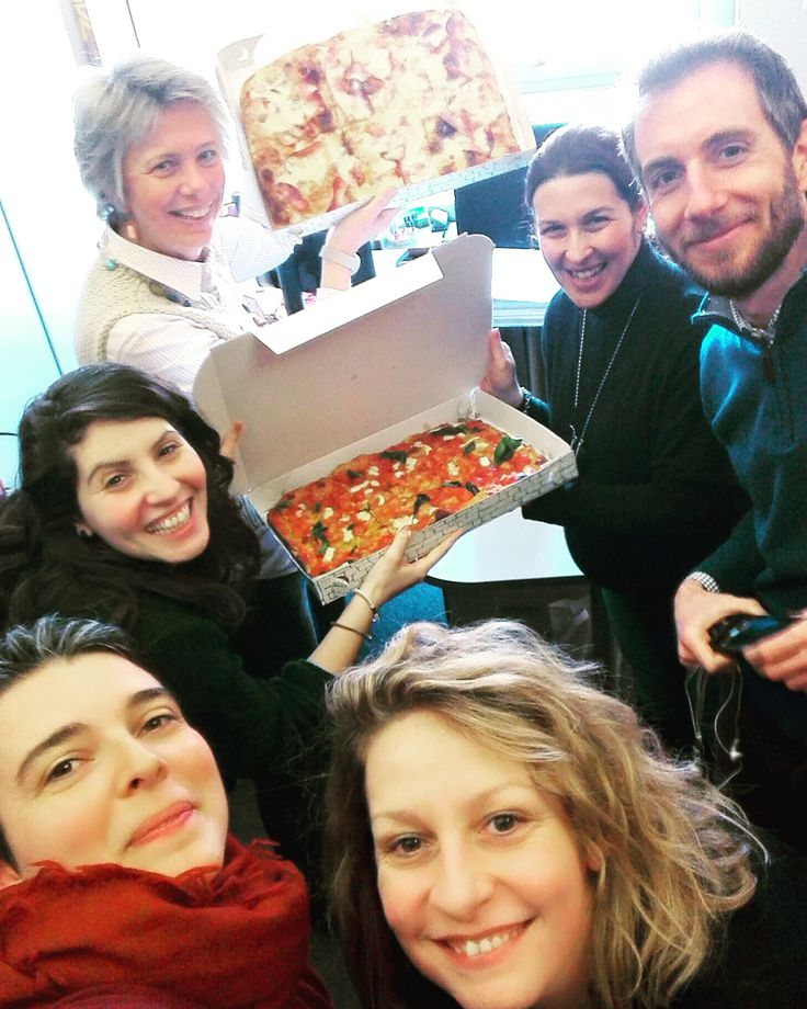 ‪#‎Pizza time in our ‪#‎Milan Office! Happy lunch ‪#‎eventprofs!
