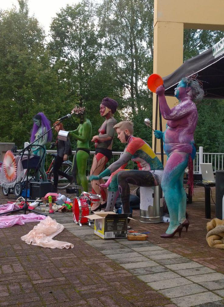 Impivaara esittää  energistä, kokeilevaa, huumoripitoista ja kantaaottavaa musiikkia. Oulu (Finland)