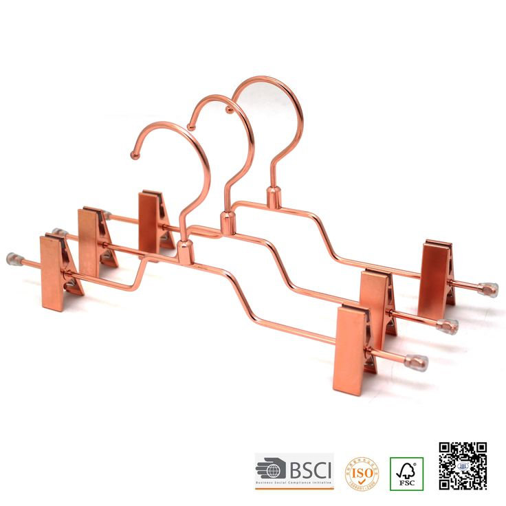 manufacture of wholesale wooden clothes hanger,  wooden suit hanger for window display shop display of boutique cloth & jewlery info2@headht.com