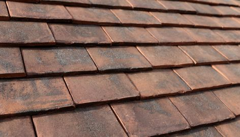 Nothing compares to handmade clay plain tiles. That's why Marley Eternit's range of Canterbury handmade roof tiles are created true to tradition. Tile colour: Loxleigh.