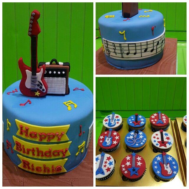 Guitar cake :)