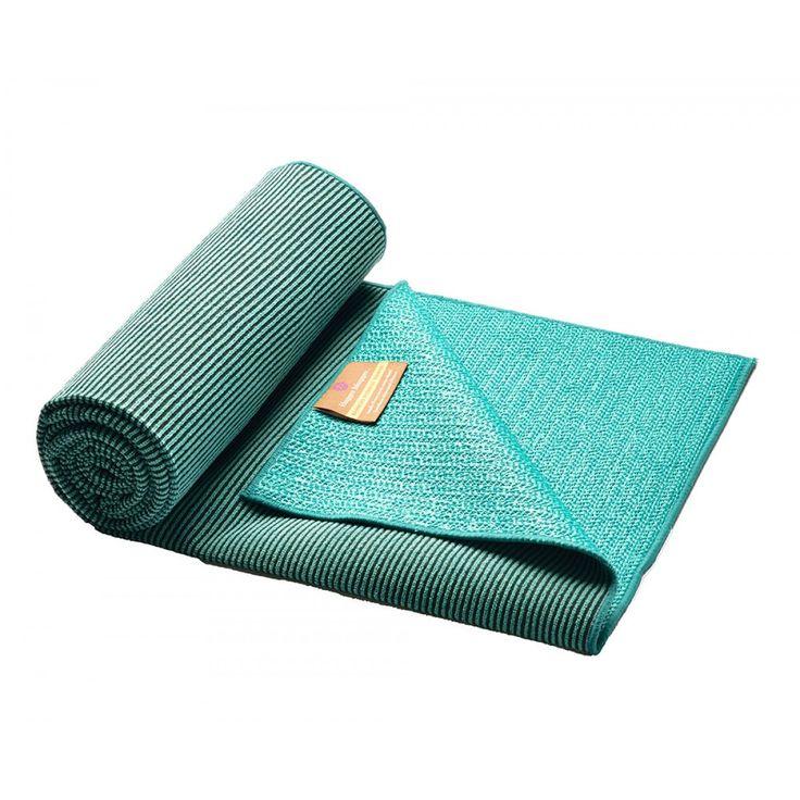 Eco Bamboo Yoga Towel   Hugger Mugger