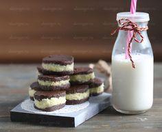Полезное шоколадное печенье с кокосовым кремом | Рецепты правильного питания - Эстер Слезингер