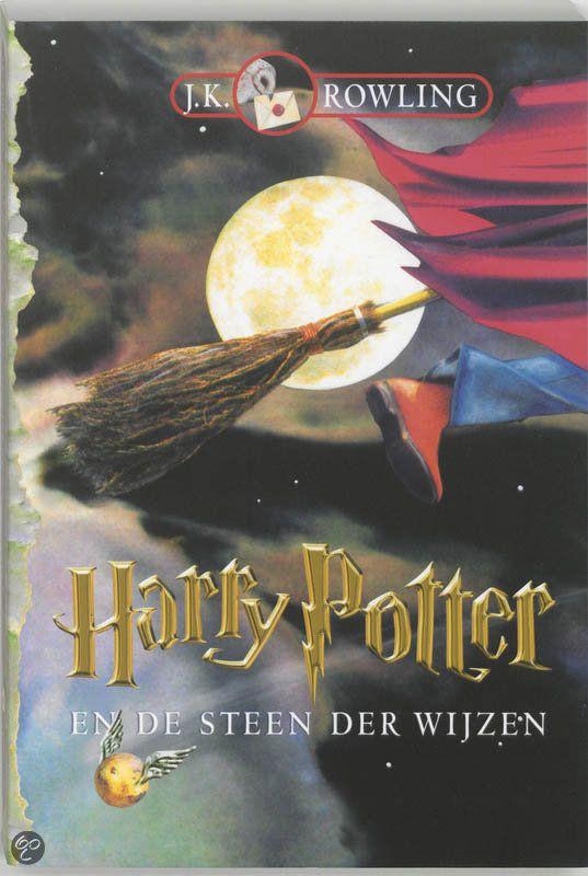 Harry Potter en de steen der wijzen-, J.K. Rowling | Boeken Super spannend! Misschien ben ik er wel wat laat aan begonnen maar ik heb er echt geen spijt van!
