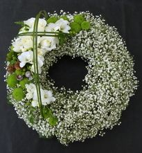 Flower wreath for funeral | Sacre Fleur