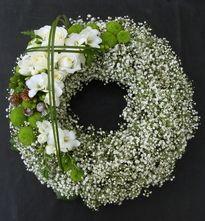 Flower wreath for funeral | Sacre Fleur