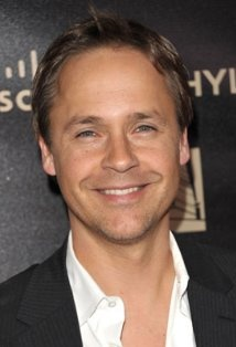 Chad Lowe (Aria's Father)