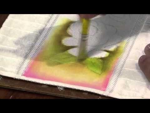 Mulher.com 15/03/2013 Luciano Menezes - Pintura em tecido rosas  parte 1