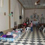 Mons. Urbanĉ visitó a hermanos afectados por las inundaciones en el Este provincial