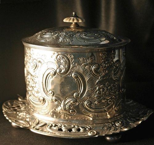 LATHAM & MORTON Victorian Silverplate Repousse Tea Caddy