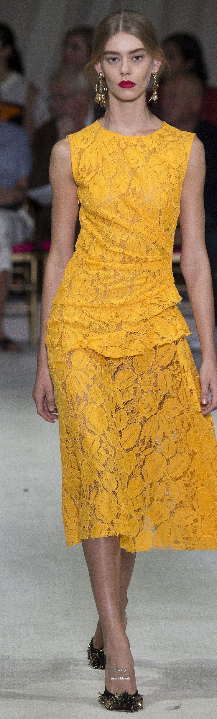 #Farbbberatung #Stilberatung #Farbenreich mit www.farben-reich.com Oscar de la Renta Collection Spring 2016 Ready-to-Wear