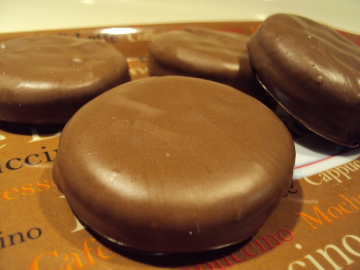 Copycat Girl Scout Tagalongs~ only 3 ingredients!