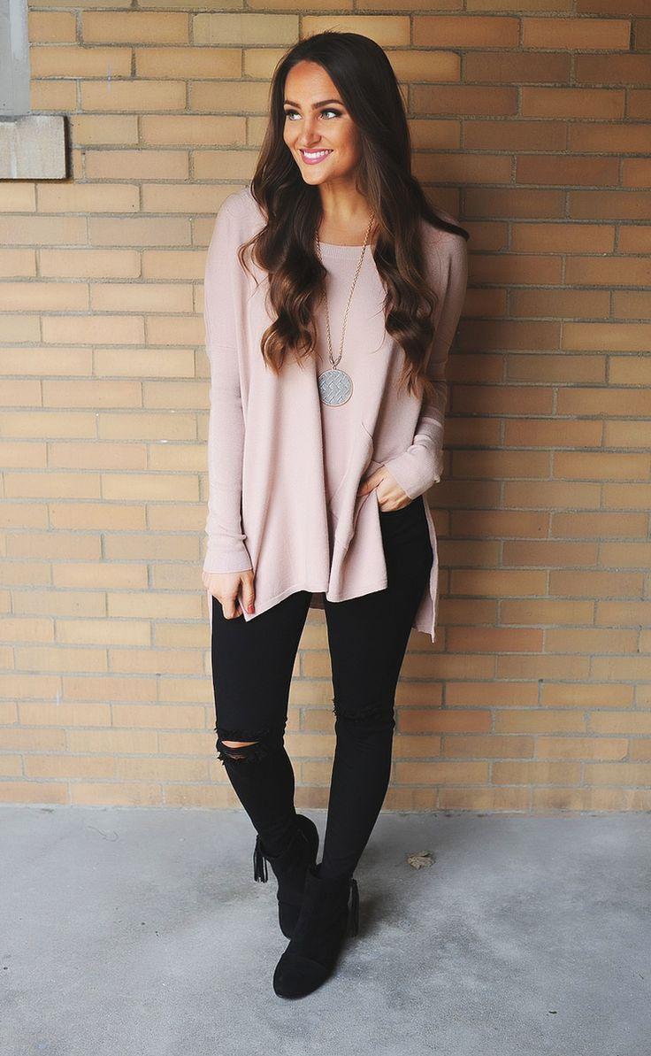 Blush Front Pocket Sweater - Dottie Couture Boutique