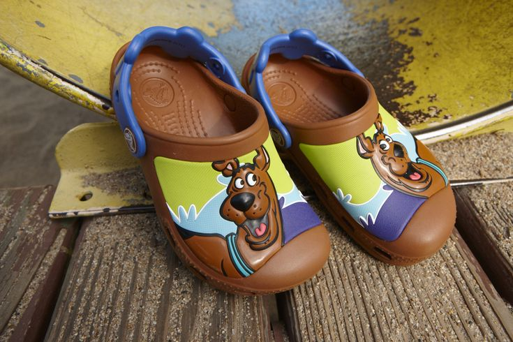 Creative Crocs Scooby Doo™ Retro Wave Clog