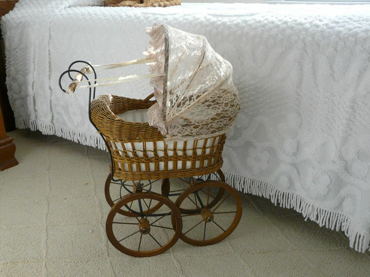 Wicker Doll Carriage, buggies, strollers