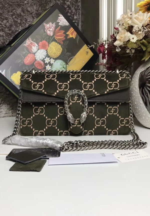639e6826541a Gucci Dionysus Dark Green GG velvet small shoulder bag is one of a kind and  it is a must-have fashion accessory. #GucciCheap #GucciDionysus #VelvetBags  # ...