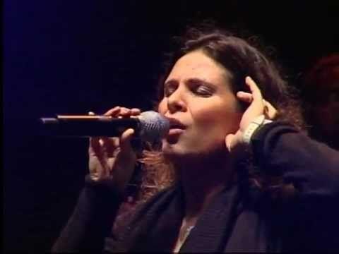 AMO VOCÊ EM CRISTO: Aline Barros - Ressuscita-me ao vivo.