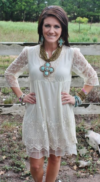 Just a Kiss Goodnight Ivory Lace Dress   PLUS SIZE - $52.95  http://www.giddyupglamouronline.com/catalog.php?item=5454