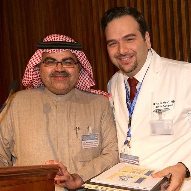 الى صديقي وزميلي الدكتور عبد العزيز جرمان رئيس المجلس العلمي لجراحة التجميل في المملكة أشكرك من كل قلبي على دعمك المتواصل لجراحة التجميل Coat Lab Coat Fashion
