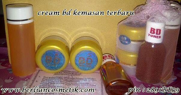 Cream bd adalah salah satu paket perawatan cream wajah dari produk baby pink, Cream bd terdiri dari cream siang, cream malam, sabun cair dan toner, Cream bd bermanfaat untuk mencerahkan wajah, menyamarkan flek hitam, memudarkan kerutan di wajah, menghaluskan dan menjadikan kulit wajah tampak lebih bersih dan cerah, Cream bd terbuat dari bahan herbal alami dengan kandungan vitamin c, dan vitamin e, Cream bd dapat merawat kulit, melindungi kulit dari polusi radikal bebas, Cream bd aman untuk…