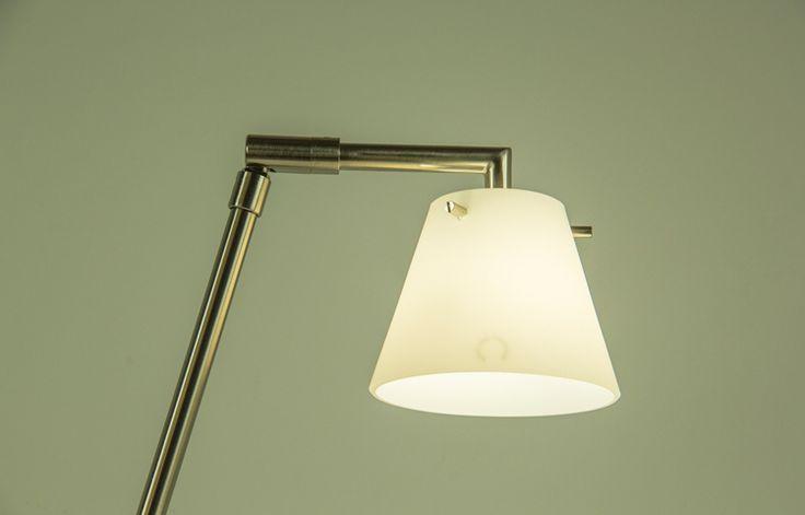 Lámpara de sobremesa Sunshine Cromo A/S1031. Iluminación cálida.