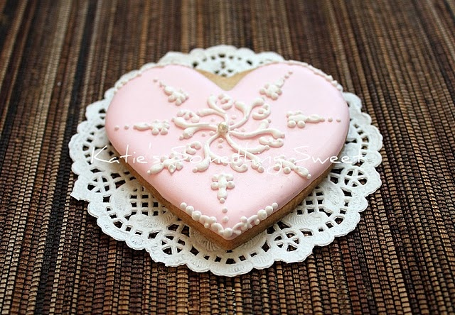 Lace cookie decoration: Lace Heart, Cake, Sugar Cookies, Sweet, Pink Lace, Pretty Cookies Yummy, Rabbit Cookies, Shower Cookies