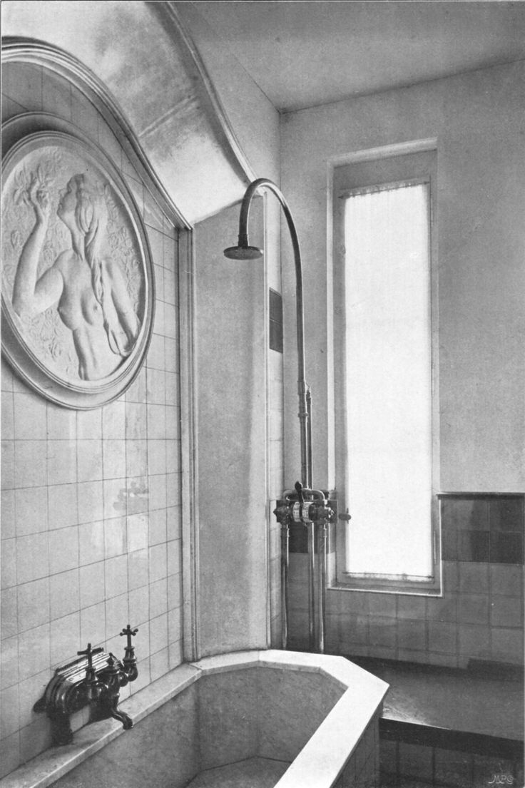 The charm of vintage bathrooms from 1940s interior design - Peter Behrens Art Nouveau Germany