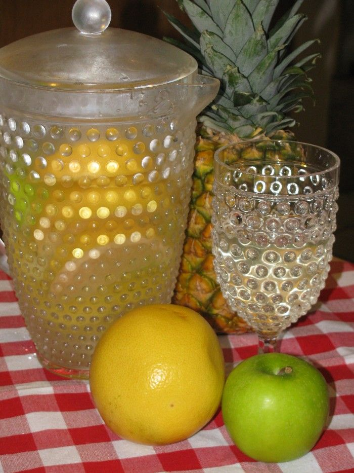 Day Spa Grapefruit, Pineapple and Apple Water Recipe