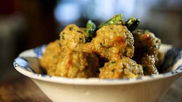 Madhur Jaffrey's Fish balls in masala (fish kofte) recipe : SBS Food